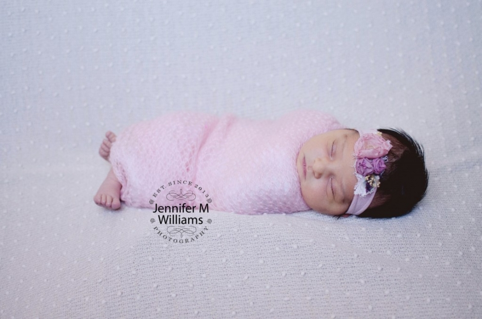 JMW Photography newborn session westford.jpg